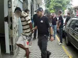 Suspeito vinha sendo monitorado pela Polícia Civil.