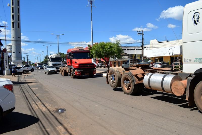Manifestação em favor dos caminhoneiros